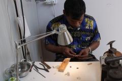 Floriade-2012-097-Paviljoen-Sri-Lanka-Juwelen-maken
