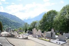 065-Berglandschap-met-kerkhof