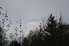 Alpe-dHuez-121-Bergtop-in-de-wolken
