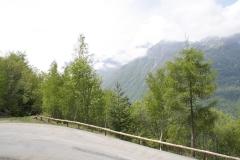 Alpe-dHuez-126-Bergtop-in-de-wolken