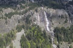 Vaujany-015-Berglandschap-met-waterval