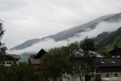 Bramberg-1-Wolken-in-berglandschap