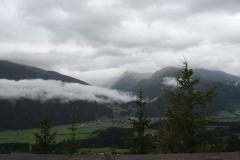 Kitzbühel-065-Berglandschap-met-dorp-in-het-dal