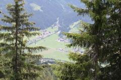 Neukirchen-061-Berglandschap-met-dal