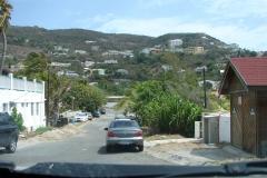 St.-Maarten-0319-Vergezicht-op-huizen-in-de-bergen
