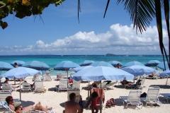 St.-Maarten-0701-Strand-bij-Mr-Busbys