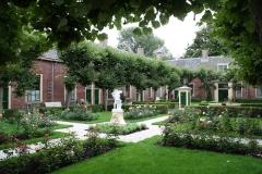Alkmaar-572-Oudegracht-Het-Wildemanshofje