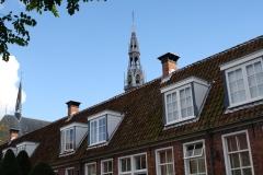 Groningen-125-Sint-Anthony-Gasthuis-Hofje-en-toren-kathedraal