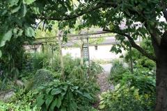 Klimmen-Doorkijk-in-tuin-1